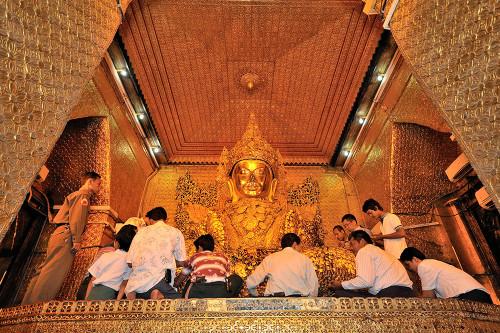 Shwedagon Pagoda, Yangon Mahamuni Buddha, Mandalay