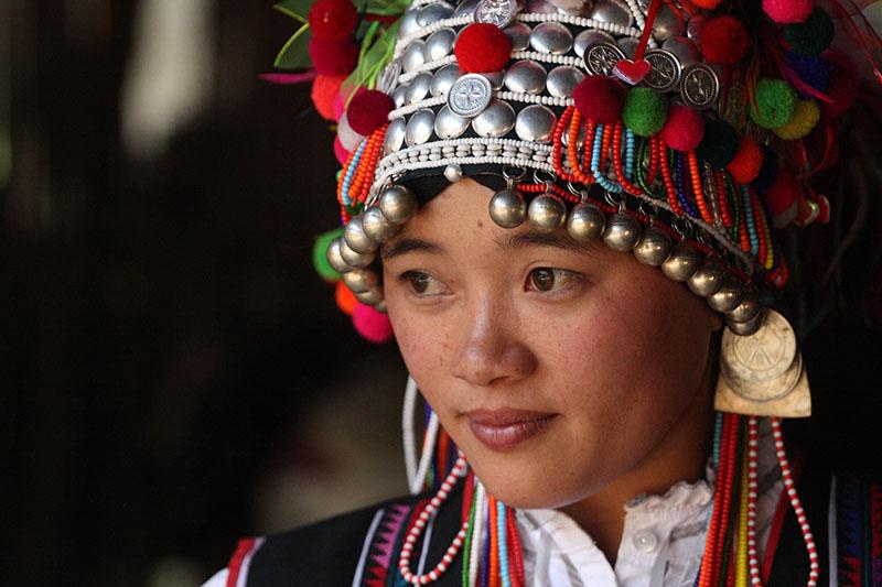 Aini woman